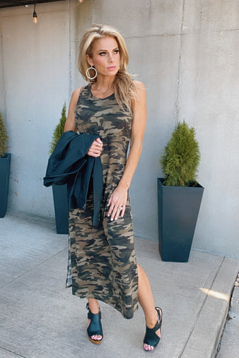 What You Seek Sleeveless Dress : Green Camo