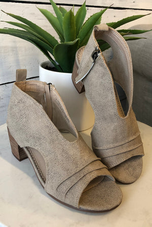 Very G Sissy Canvas Heeled Sandal : Beige