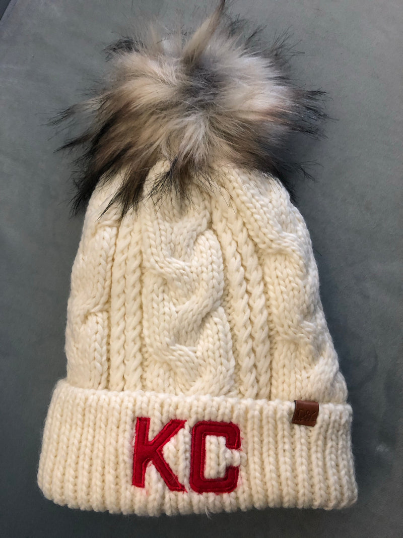 KC Fleece Lined Pom Beanie : Ivory with Red KC