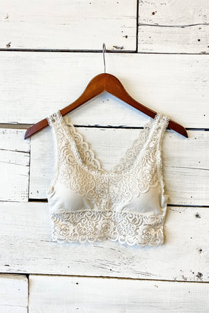 Shayne Seamless Stretch Lace Bralette : Off White