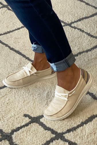 Gypsy Jazz Poppy Slip On Boat Shoes : Cream