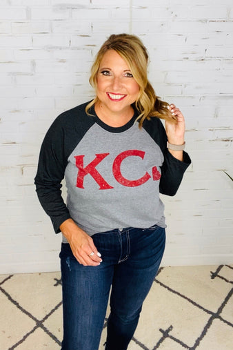 KC Heart Raglan Baseball Tee : Grey
