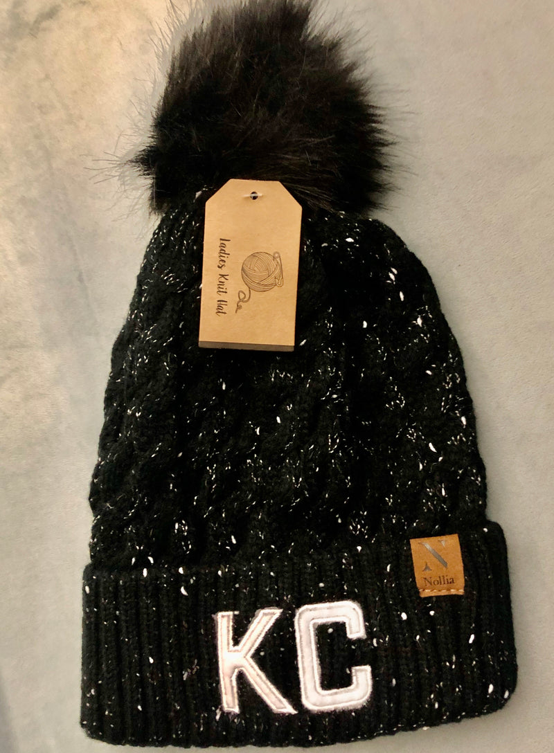 KC Pom Speckled Beanie : Black & White