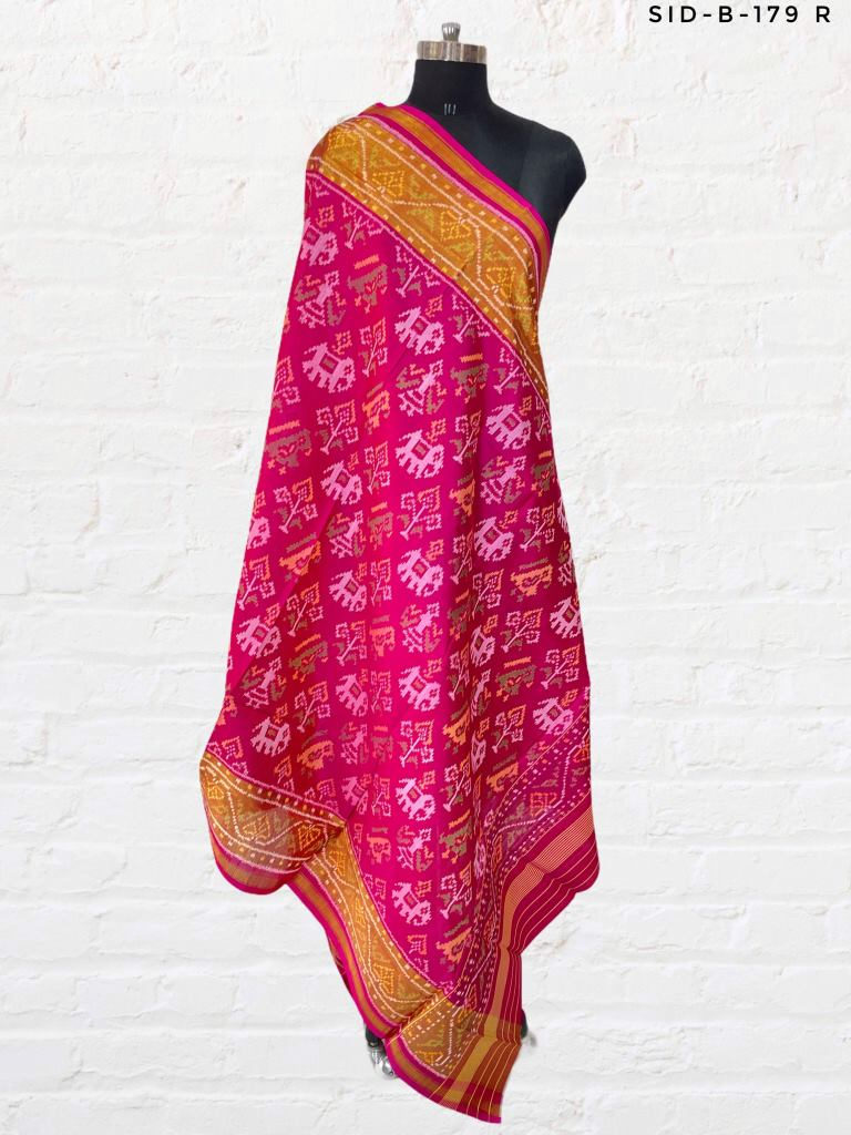 Pink Patola Dupatta with Tradiitional Hathipopat Design