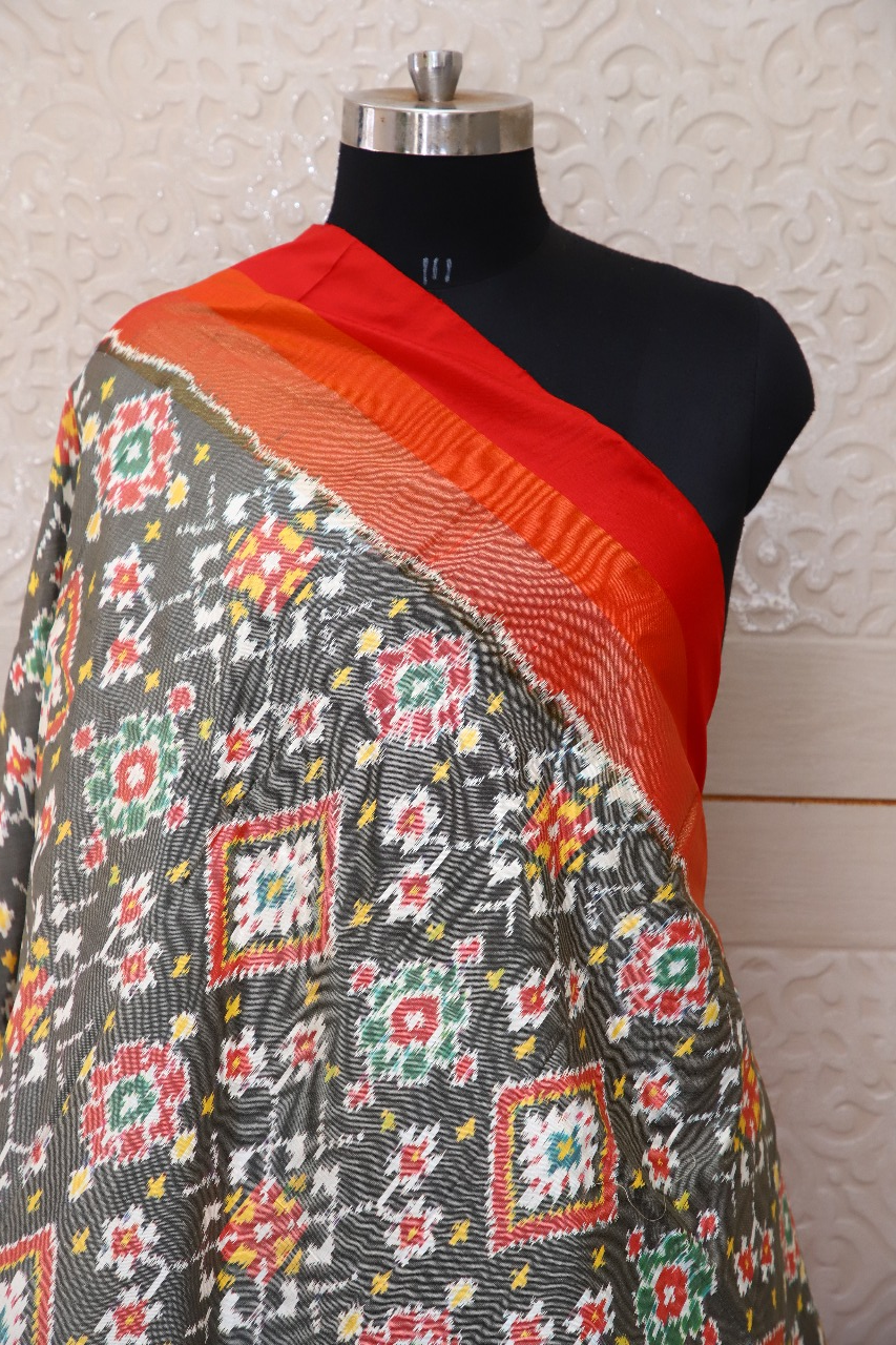 Single ikat dupatta in Black,White and Red combination in traditional Navratna design