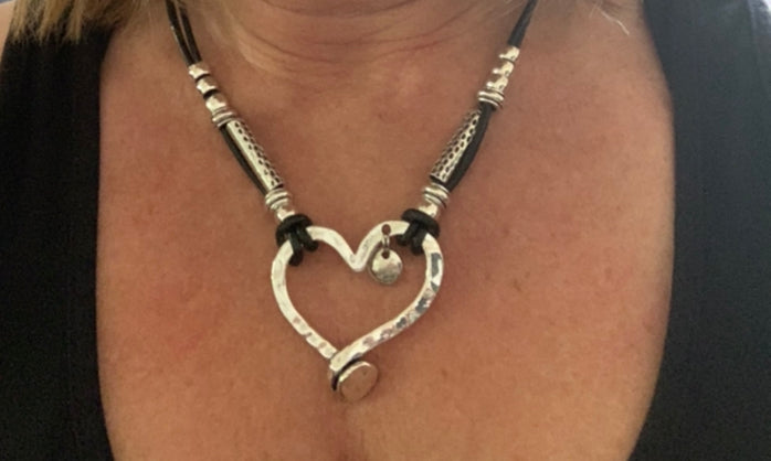 heart pound necklace