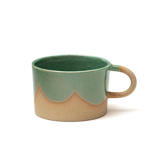 Cup with a handle