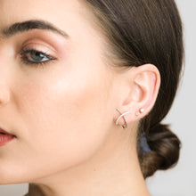Load image into Gallery viewer, Fashion Earrings In White Gold And Diamonds - estellacollection
