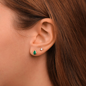 Pear-Shaped Green Agate Stud Earrings - estellacollection
