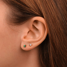Load image into Gallery viewer, Women's Princess Cut Emerald Stud Earrings - estellacollection