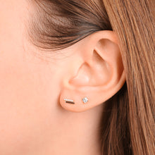Load image into Gallery viewer, Women's Fashion Diamond Stud Earrings - estellacollection