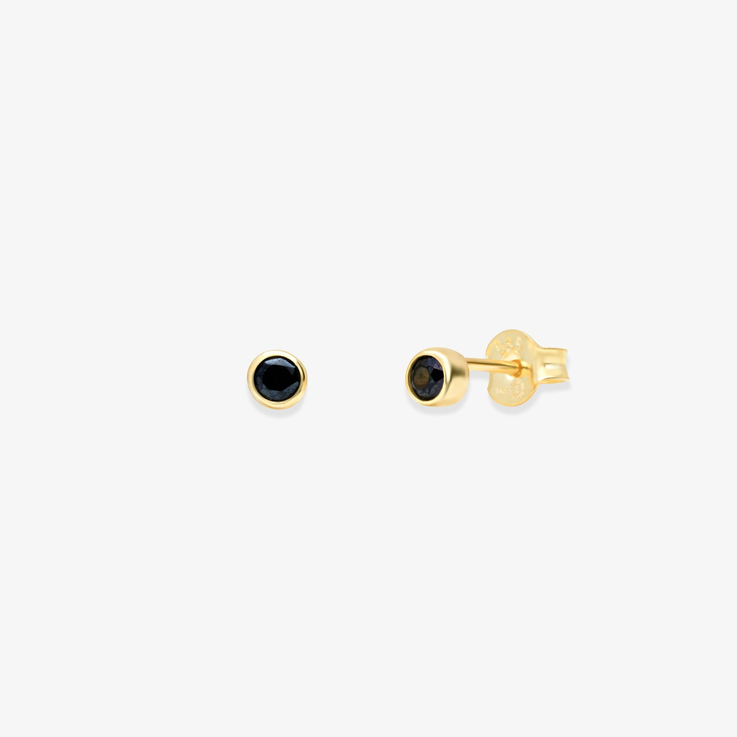 Lara - Bezel Set Black Onyx Studs - estellacollection