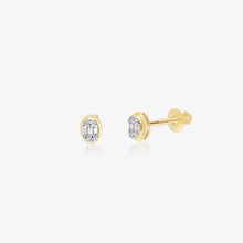 Load image into Gallery viewer, Sparkling Mixed Diamond Gold Oval Studs - estellacollection
