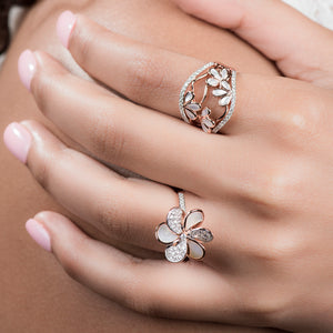 Laila - Diamond Flower Ring In Gold And Pearls - estellacollection