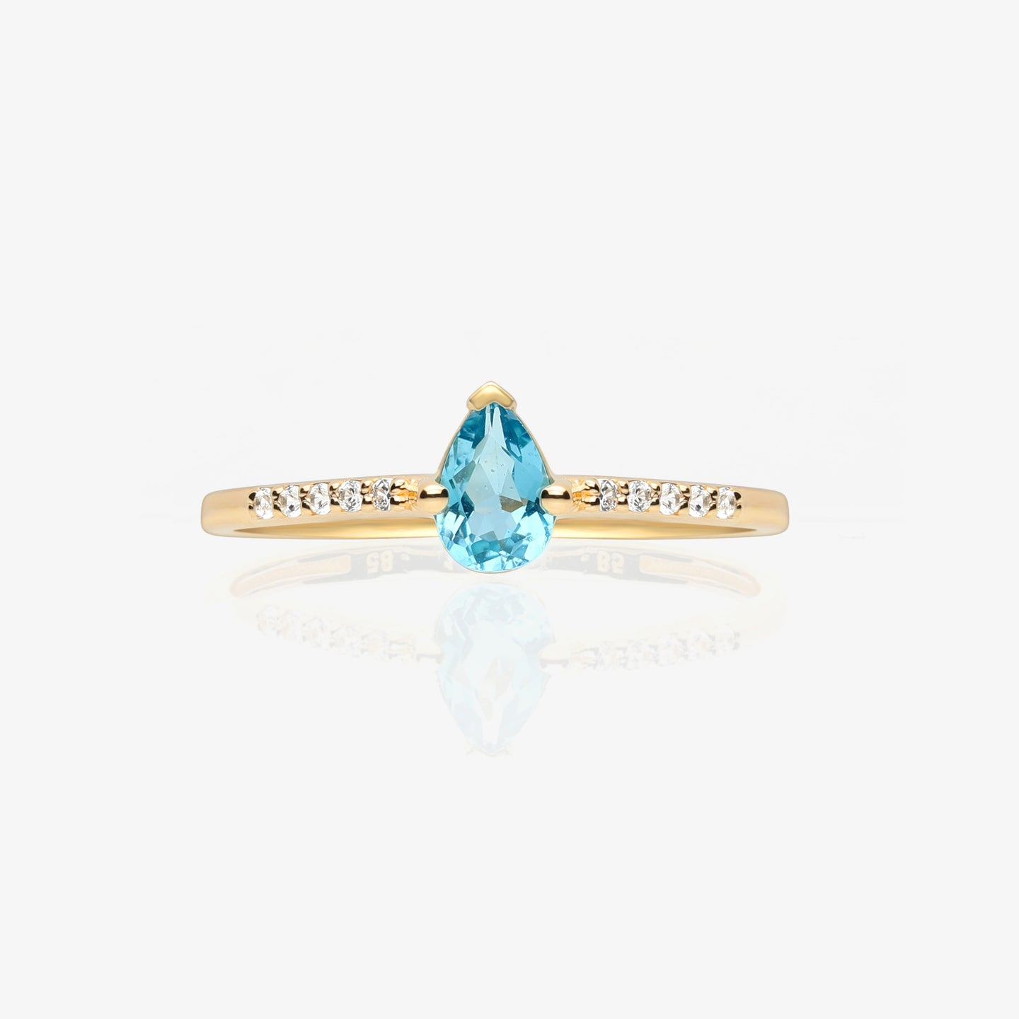 Pear Shape Solitaire Ring - estellacollection