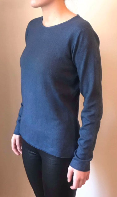Cashmere crew neck basic