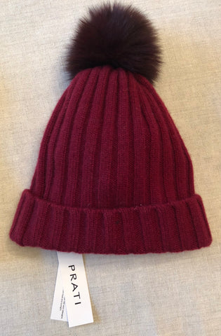 Cashmere beanie with faux fur pom pom