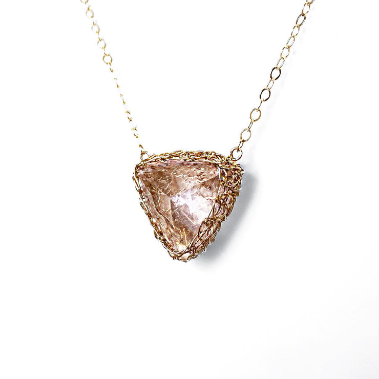Morganite Trillion Necklace In Gold