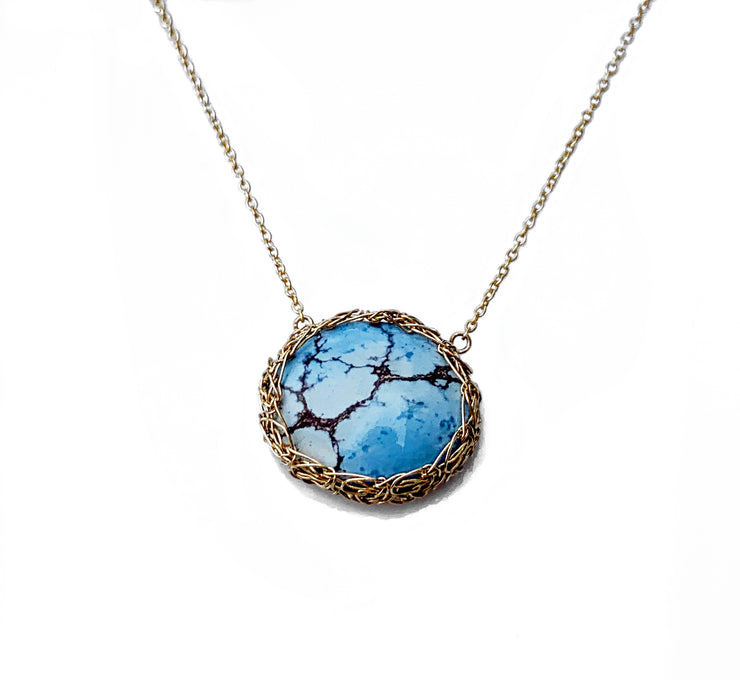 Golden Hills Turquoise oval necklace in gold