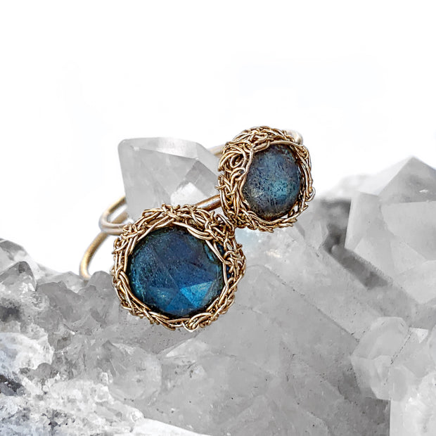 Labradorite Round Luna Ring in Gold