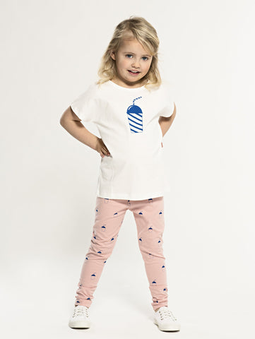 SS19 spring collection from One We Like made of 100% organic cotton. Leggings with adjustable waist for better fit. Style in right size or go one up for a loose and comfy fit. Milkshake print all over