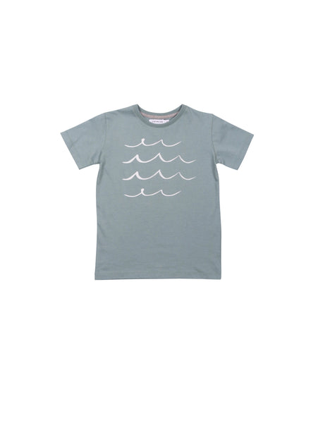 One We Like spring summer collection 2019, made of soft organic cotton. T-shirt with round neck. Hand printed waves on front