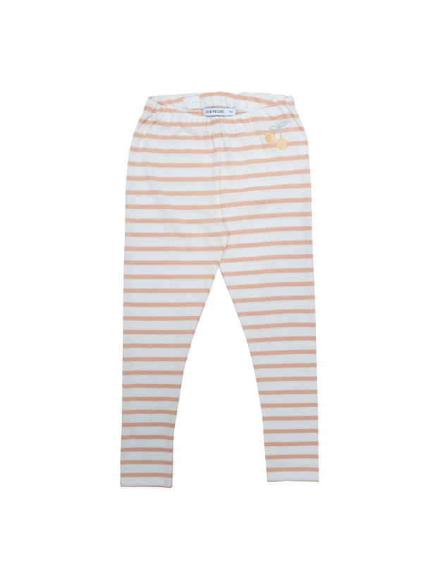 Soft and comfortable leggings in organic cotton jersey. Adjustable at waist for a better fit and perfect for sizing up for longer wear. Coral pink and white stripes with the cutest little cherry at front. Printed logo and sizing information. Made of organic jersey in Portugal.