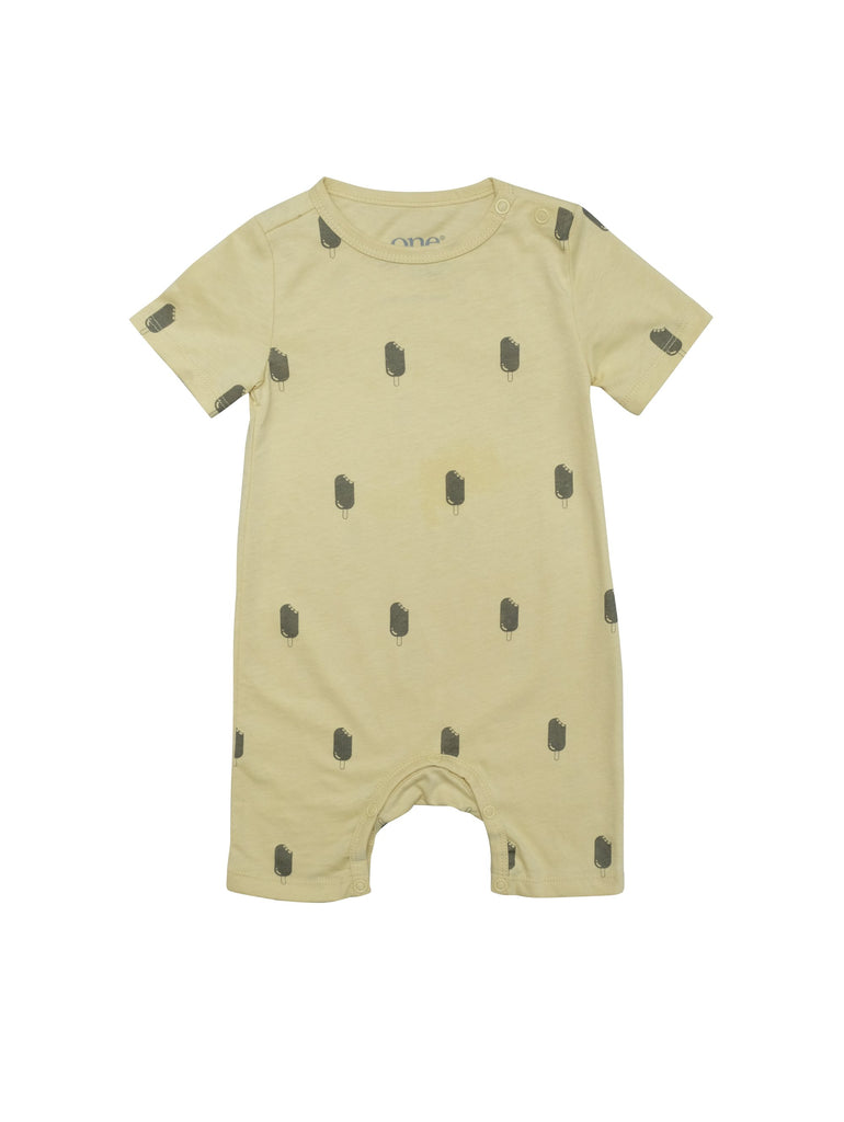Summer suit with short sleeves and short legs. Snapbuttons around crotch and shoulders for easy and comfortable dressing. Light grey icecream print on soft yellow organic cotton jersey . Printed logo and sizing information at back.