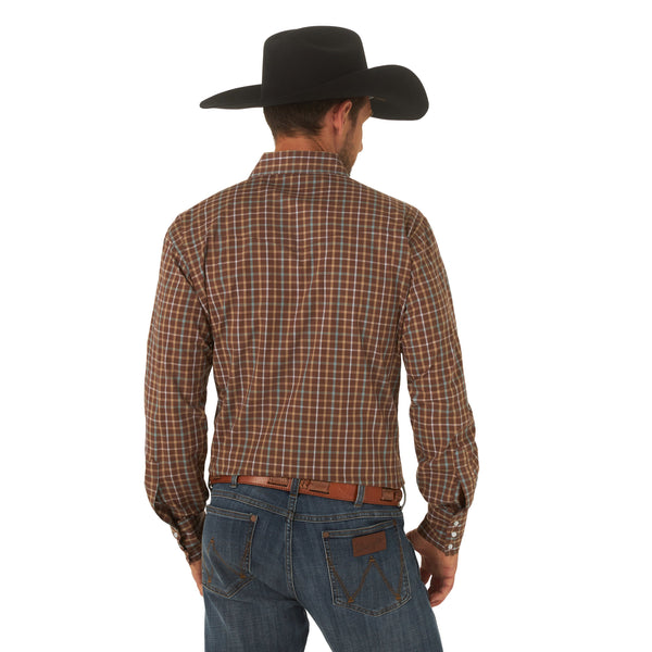 Wrangler | Wrinkle Resist Plaid LS Western Snap Shirt
