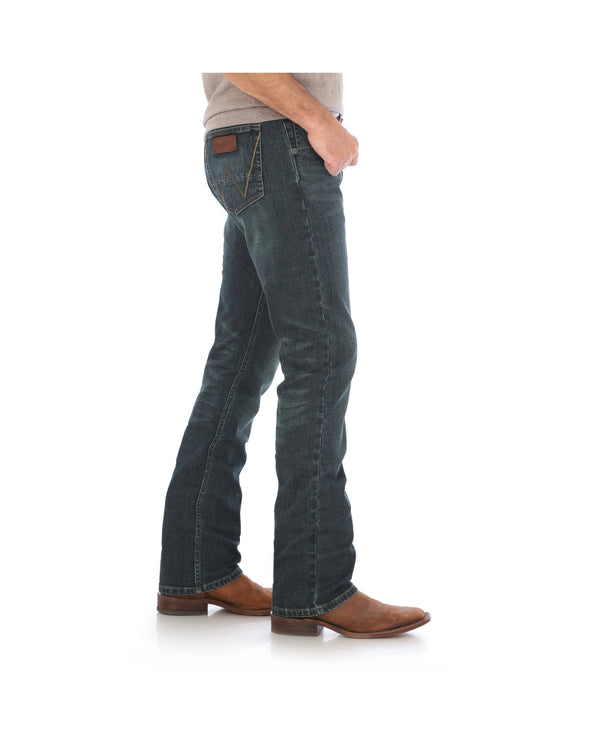 Wrangler | Retro® Twin Bridges Slim Straight Jean