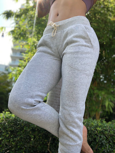 Scrunch Booty Joggers Light Gray - ABS2B FITNESS APPAREL