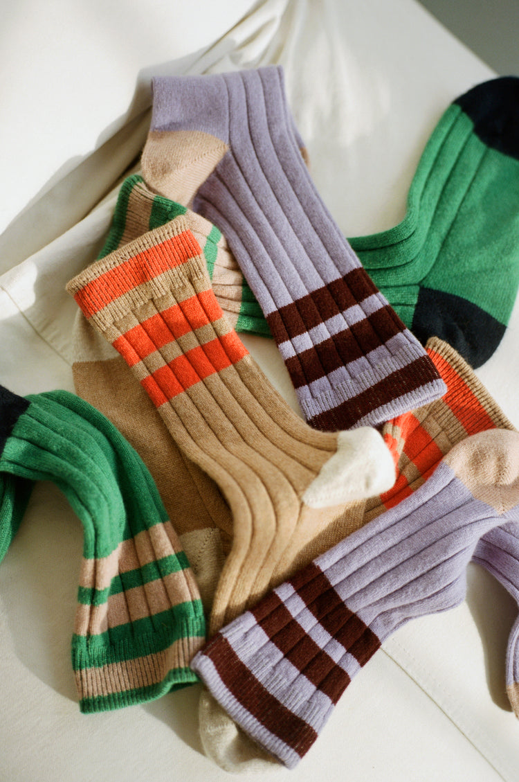 Florence Stripe Cashmere Socks in Camel