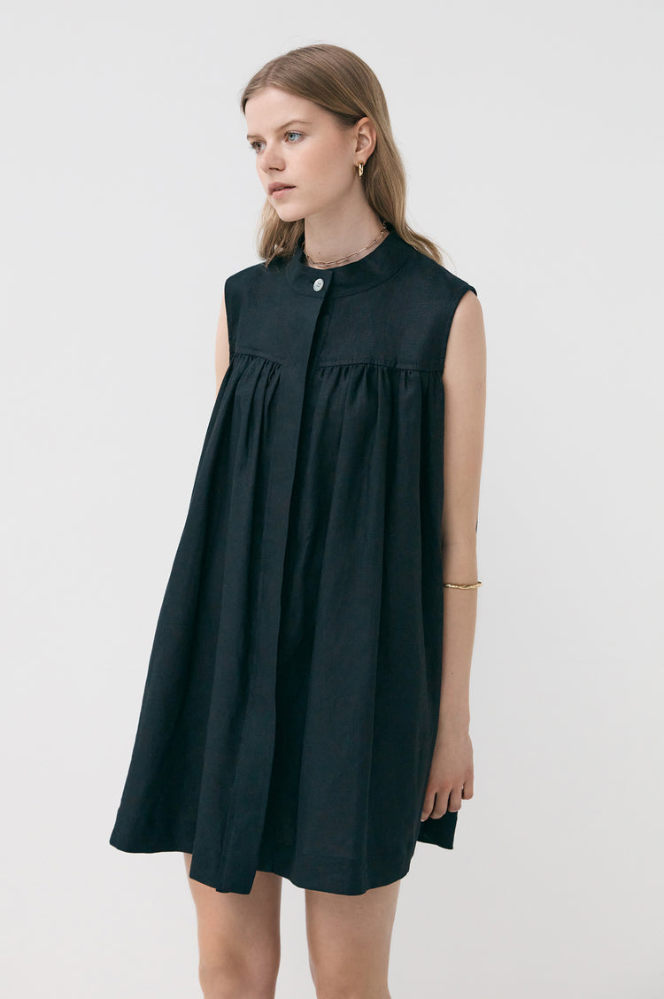 New In! Grace Linen Sleeveless Tunic Dress