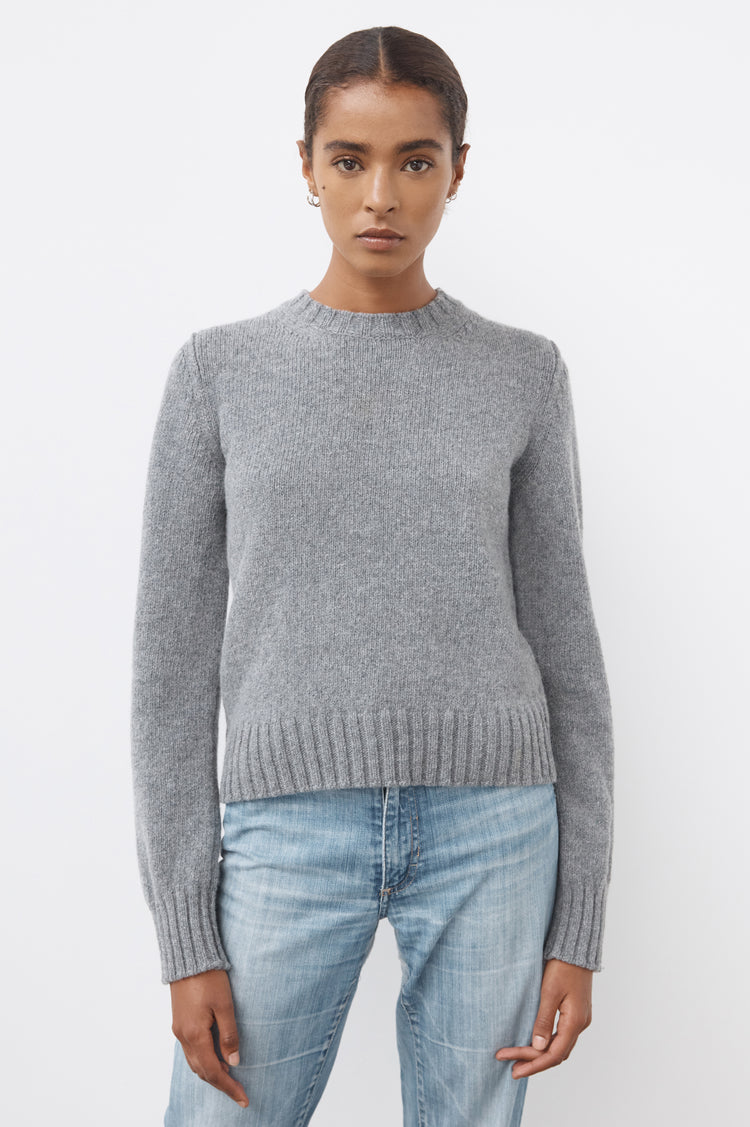 Daphne Cropped Lambswool Crewneck in Grey