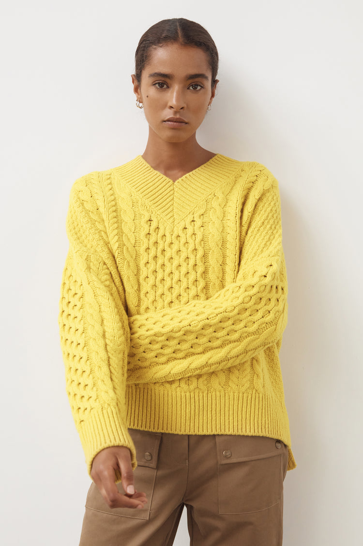 Una Geelong Aran V-Neck in Yellow