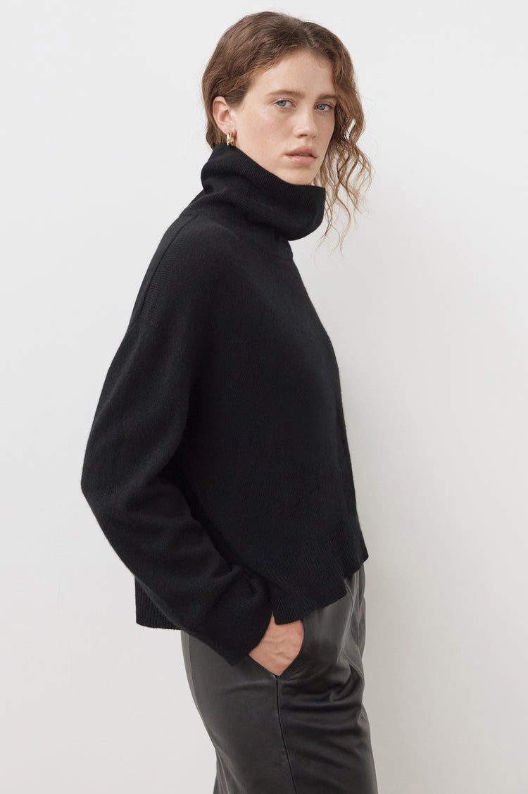 New In! Olive Oversized Cashmere Roll Neck in Black