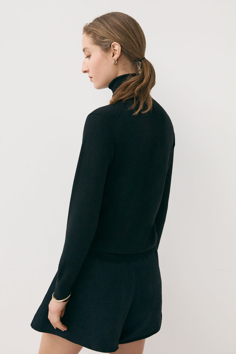 Edna Extrafine Merino Roll Neck in Black