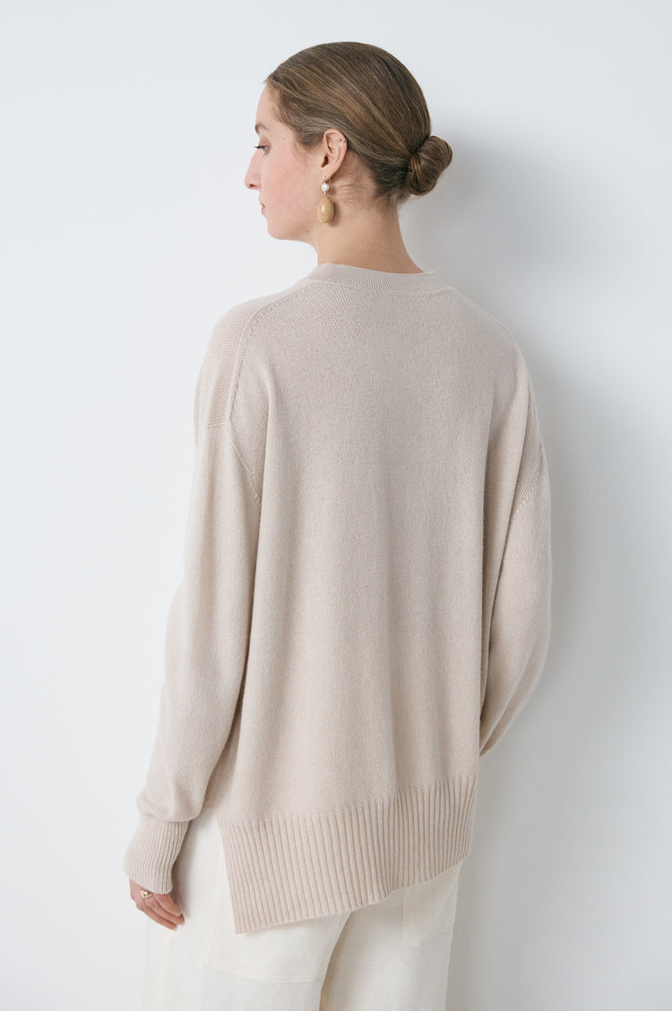 New In! Elspeth Slouch Cashmere Crewneck in Beige