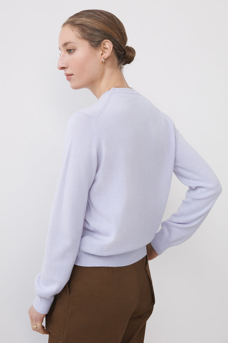 New In! Innes Classic Cashmere Crewneck in Lilac