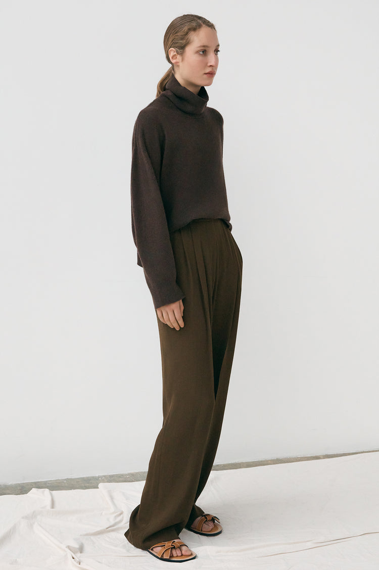 Olive Oversized Cashmere Roll Neck in Chocolate Brown