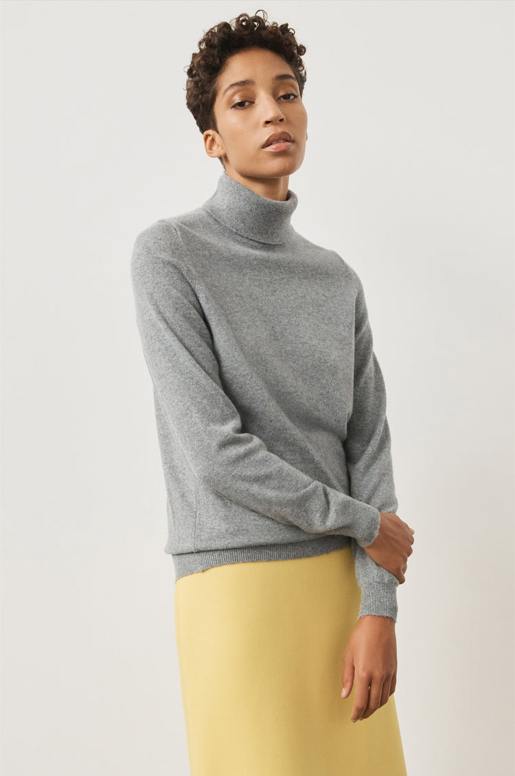 Casla Cashmere Roll Neck in Flannel Grey