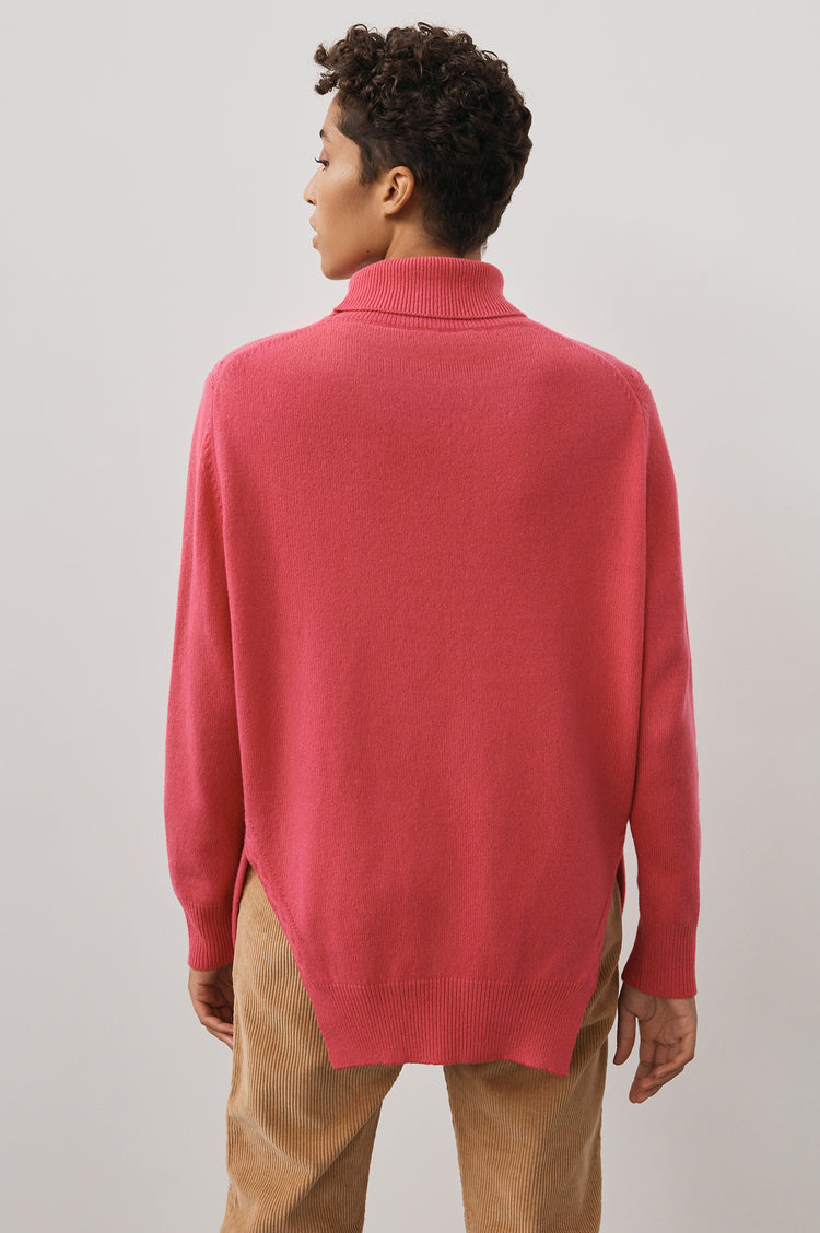 Banba Slouch Roll Neck in Pink