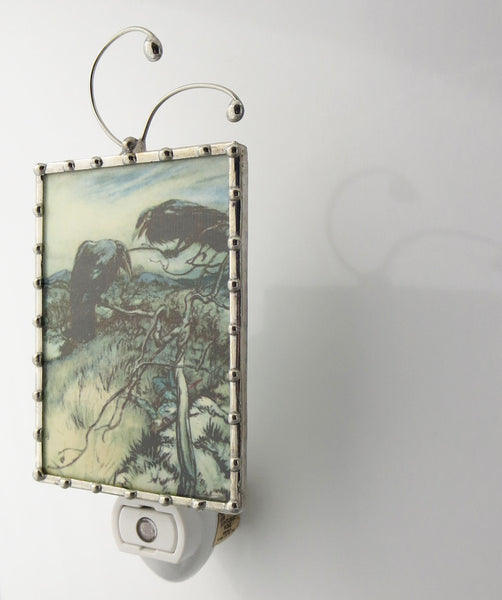 side view of Crow Night light by Pretty Picture Gifts in Blaine WA