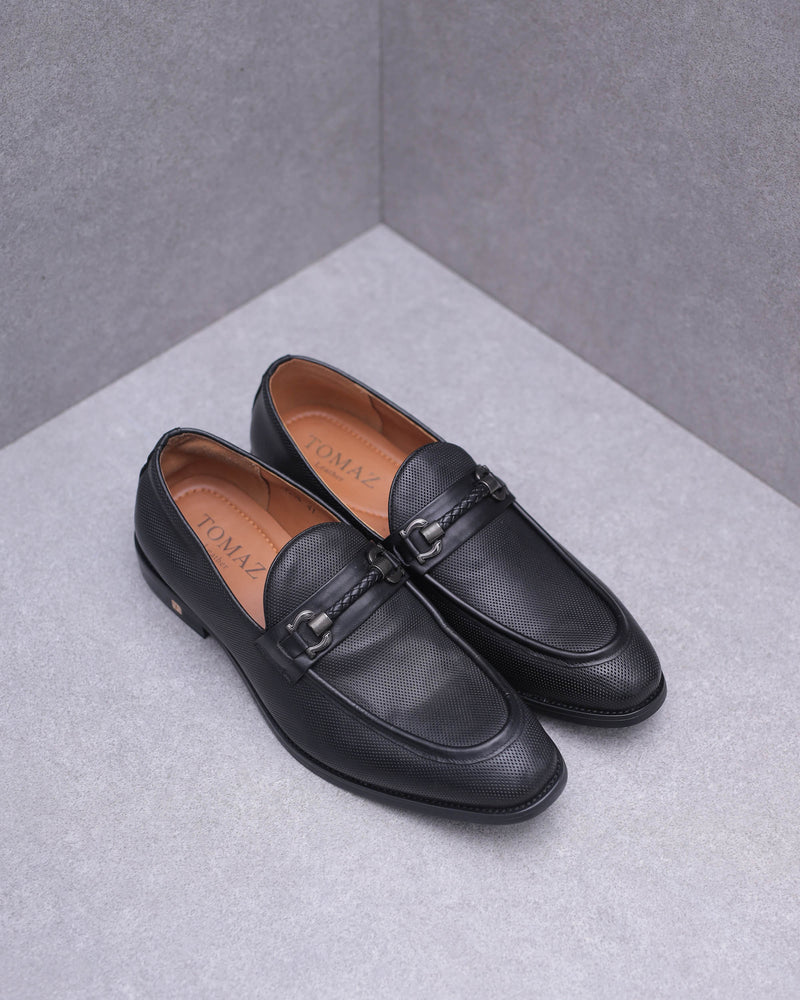 Tomaz F206 Buckle Loafers (Black)