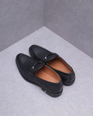 Load image into Gallery viewer, Tomaz F206 Buckle Loafers (Black)