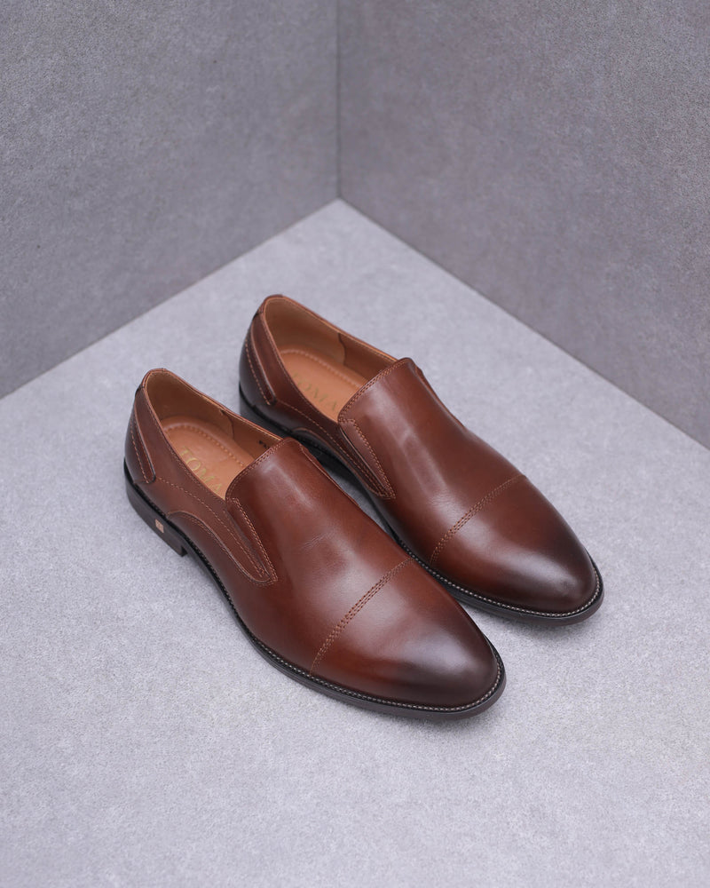 Tomaz F210 Slip On Loafers (Brown)