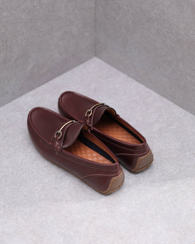 Load image into Gallery viewer, Tomaz C380 Buckle Moccasins (Coffee)
