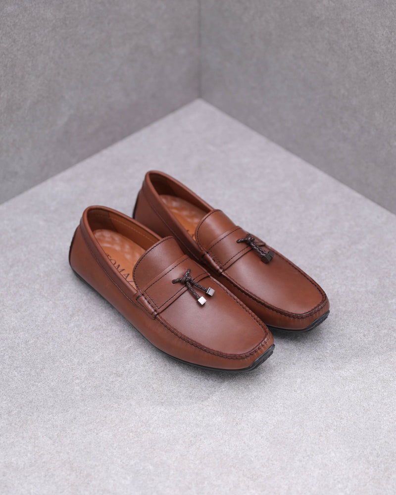 Load image into Gallery viewer, Tomaz C419 Tassel Loafers (Coffee)