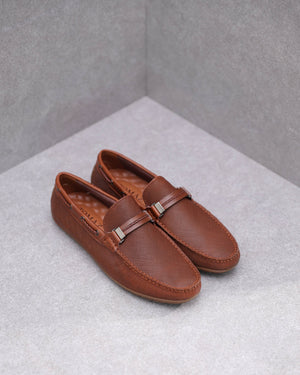 Load image into Gallery viewer, Tomaz C432 Slip-on (Brown)