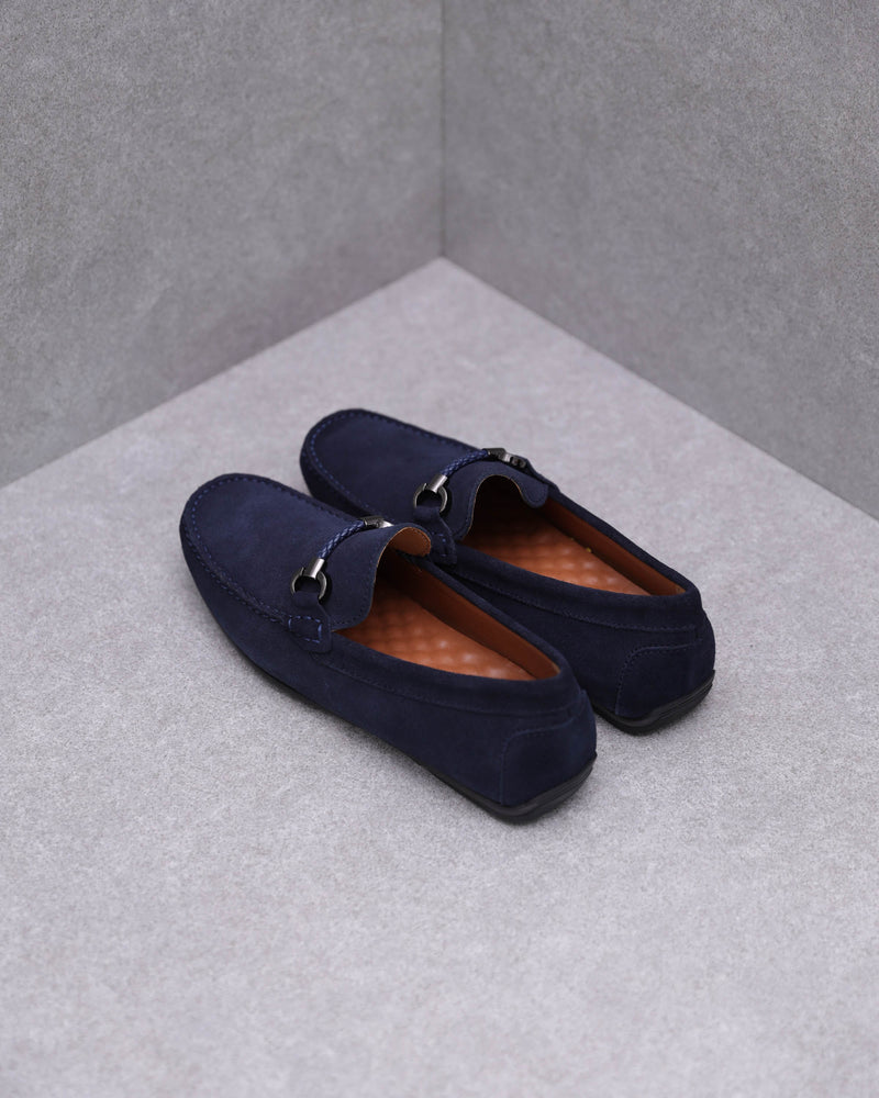 Load image into Gallery viewer, Tomaz C388 Buckled Moccasins (Navy)